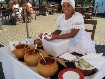 Las bahianas y el acarajé