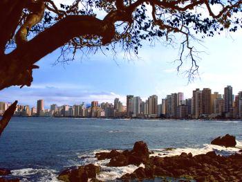 vista de la ensenada y la Playa Central