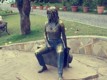 Estatua de Brigitte Bardot - Playa Armação - Búzios