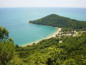vista playa Laranjeiras en camboriú