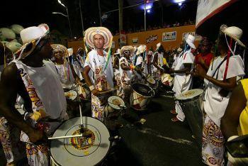 Bloco Afro Ilê Aiyê en el Carnaval de Salvador de Bahía 2010