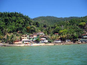 Aldea de Araçatiba en Ilha Grande