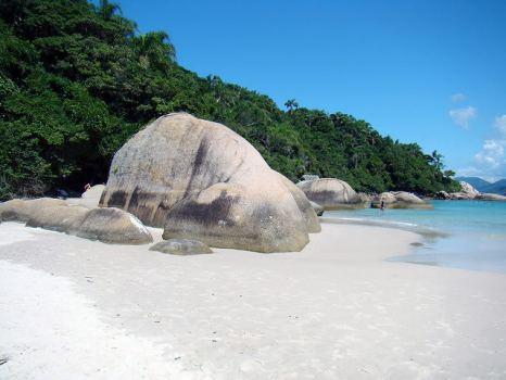 Playa en la Isla de Campeche, Florianópolis